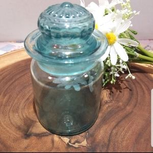 Vintage Beautiful Blue Glass Apothecary Jar